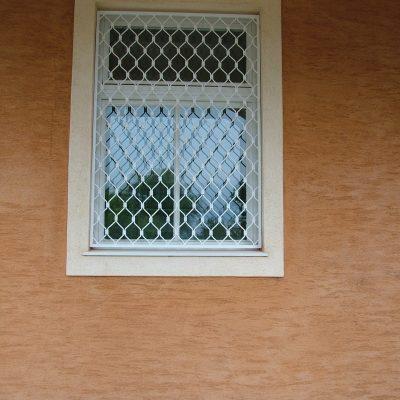 3.1 - fix rács ablakra